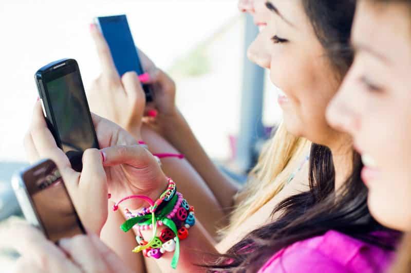 Jeunes et reseaux sociaux